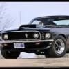 Mustang cu V8